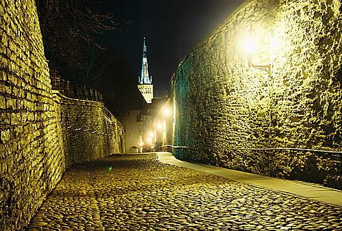 Улица Длинная нога (Pikk jalg)