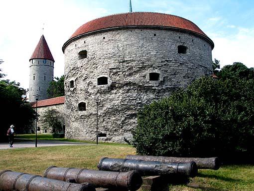 Морской музей. Башня Толстая Маргарита.